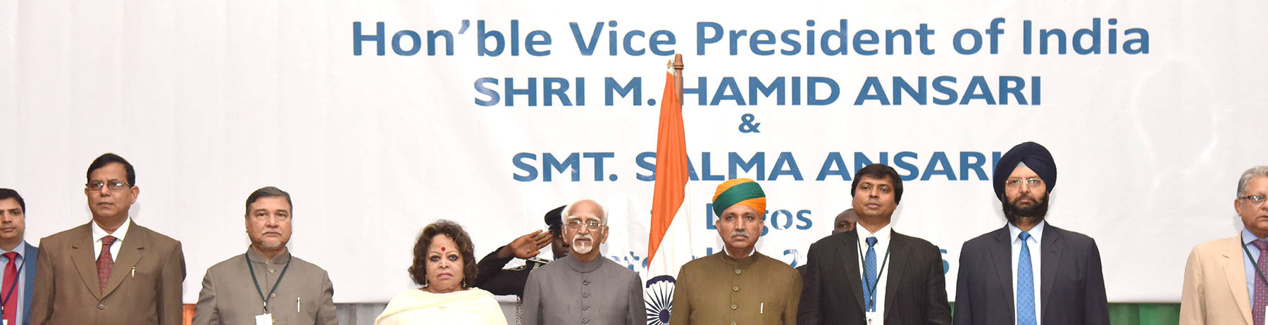 The Vice President, Shri M. Hamid Ansari and Smt. Salma Ansari in a function organised to meet Indian Community, in Lagos, Nigeria on September 28, 2016. The Minister of State for Finance and Corporate Affairs, Shri Arjun Ram Meghwal is also seen